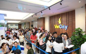 Thị trường địa ốc sôi sục vì VinCity