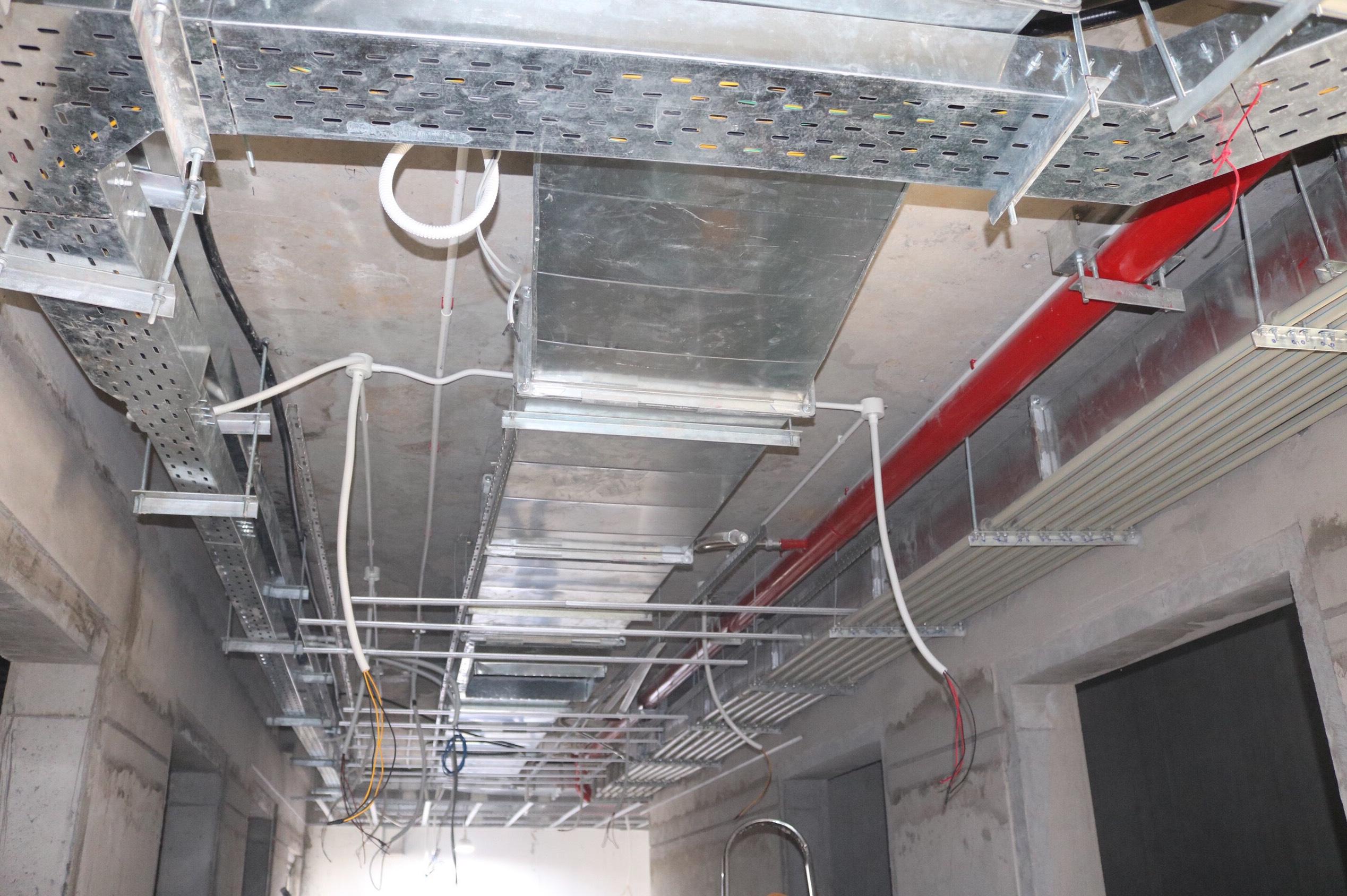 cơ điện hành lang tòa nhà dự án vinhomes quận 9